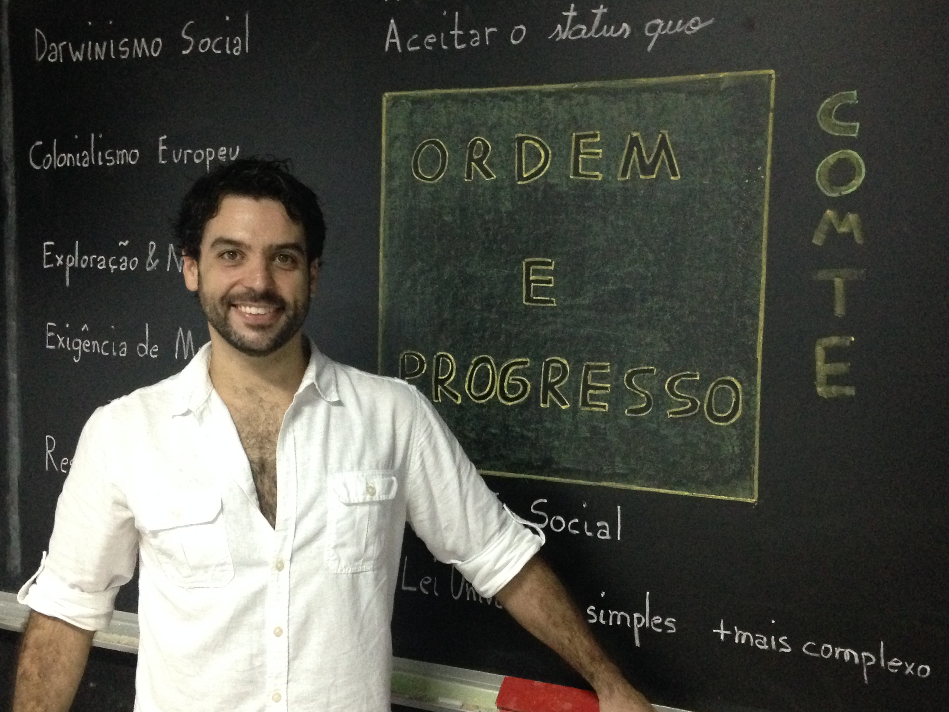 Professor Braian ensina como estudar sociologia