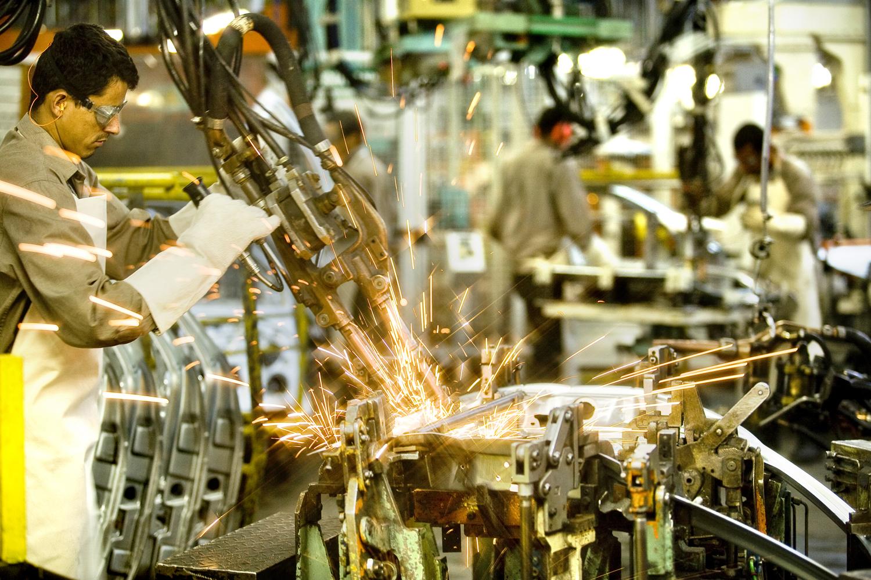 Industria em Geografia: como o tema Indústria pode aparecer no vestibular?