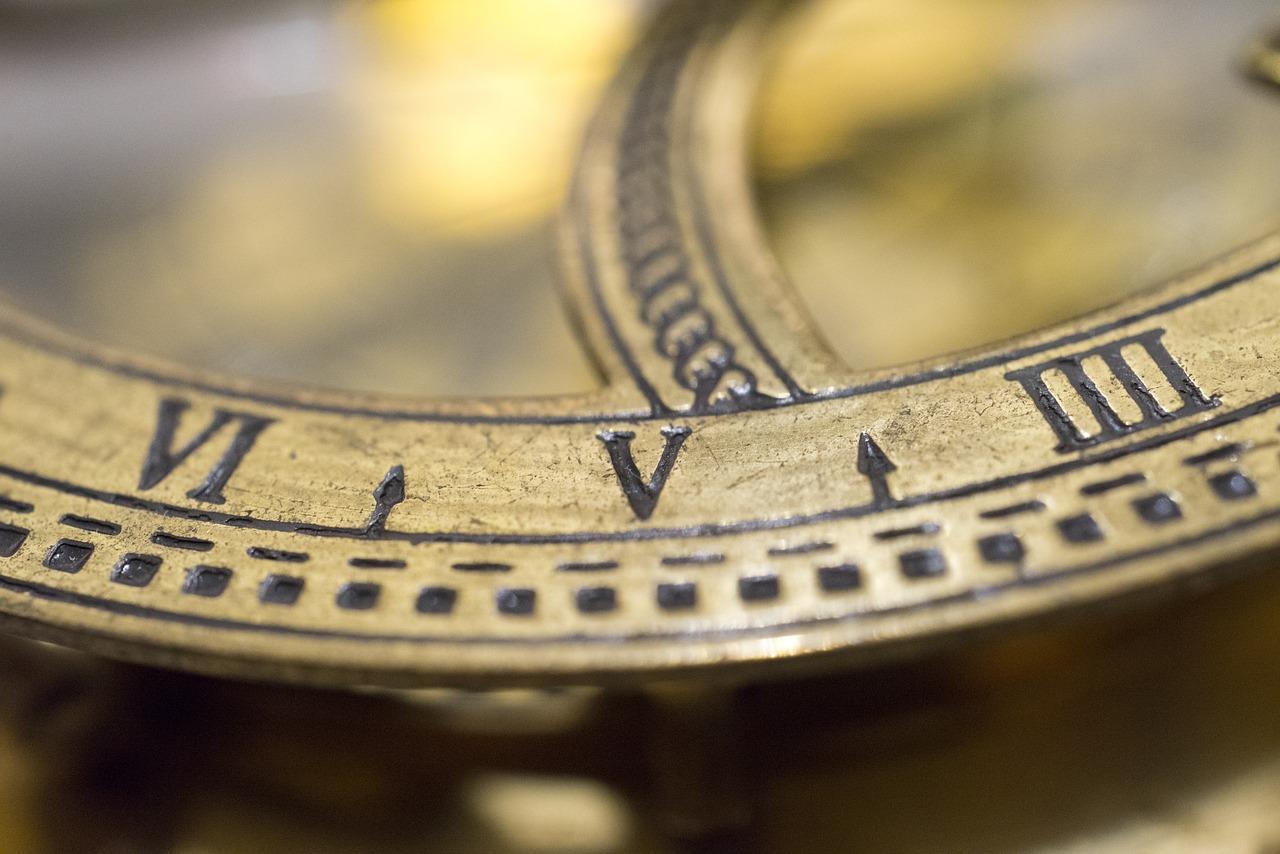 Data Em Numeros Romanos tabela de números romanos: veja como converter!   stoodi