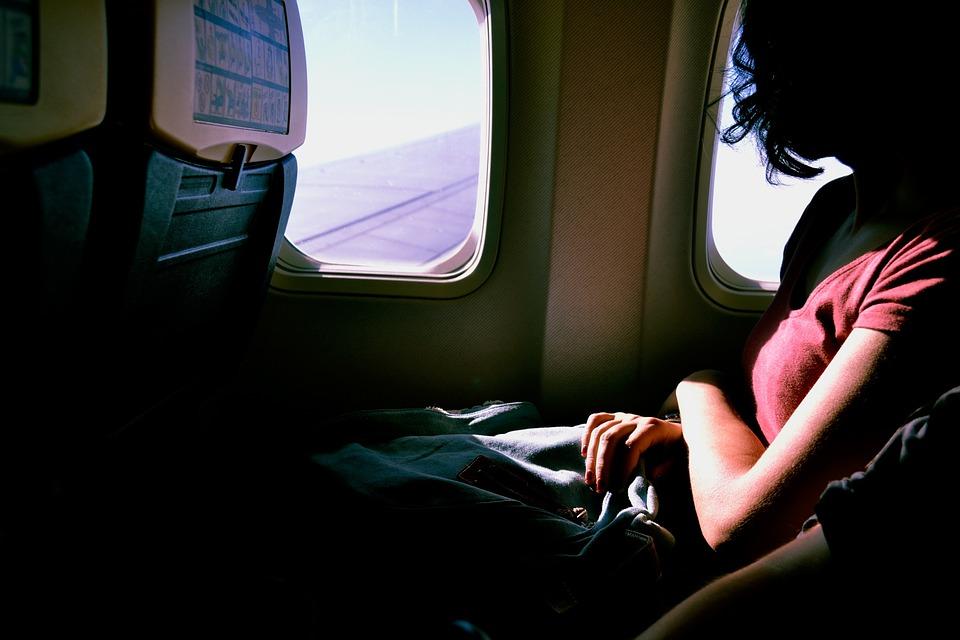 passageira de avião como fazer intercâmbio