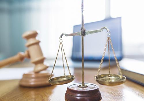 Quanto ganha um advogado: descubra o salário de cada área da advocacia!